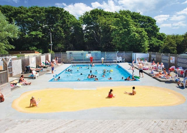 Hoseasons Alberta Holiday Park, Seasalter, Whitstable, Kent