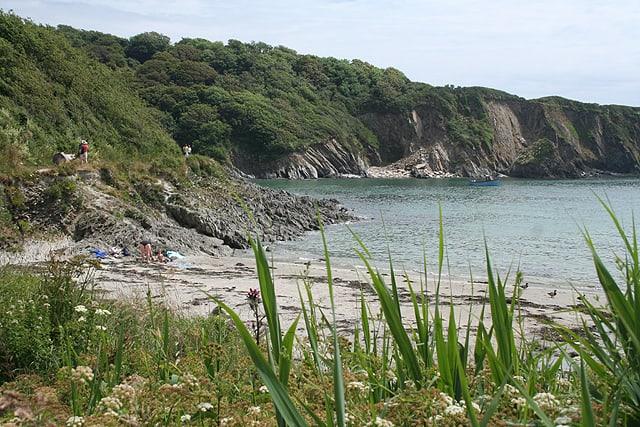 Polridmouth-beach
