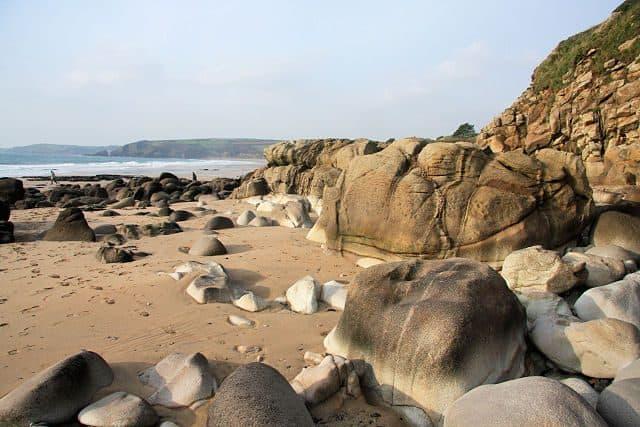 Lesceave Rocks beach, Helston, Cornwall