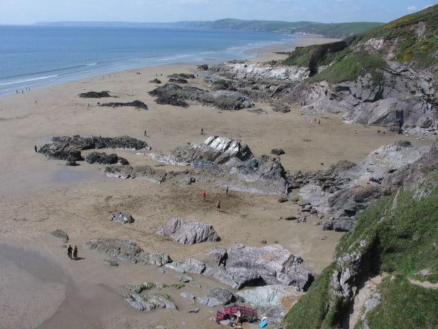 Sharrow-Point-or-Grotto-Beach