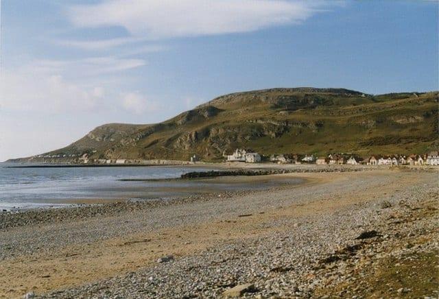 Llandudno-West-Shore-beach