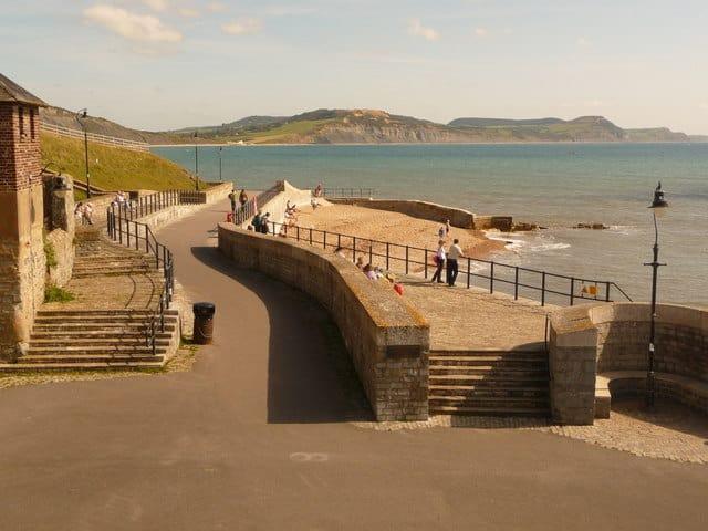 Church-Cliff-beach