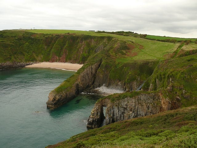 Skrinkle Haven beach, Tenby, Pembrokeshire