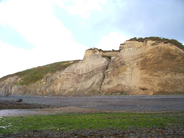 Gilfach-yr-Halen-beach