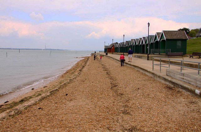 Dog Friendly Accommodation Cowes Isle Of Wight