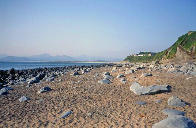 Llandanwg-beach