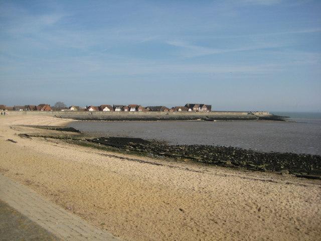 Thorney-Bay-beach