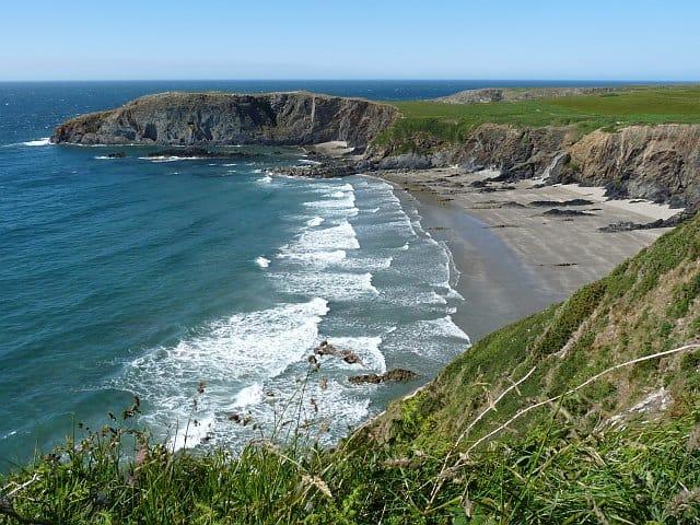 Llyfn-beach