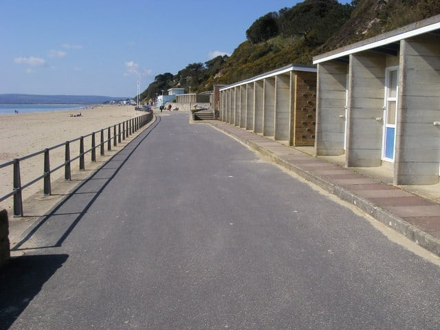 Canford-Cliffs-beach