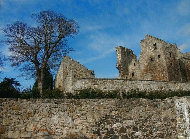 Aberdour-Castle