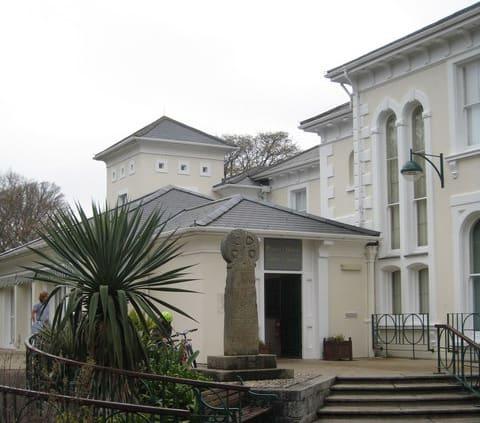Penlee-House-Gallery-Museum