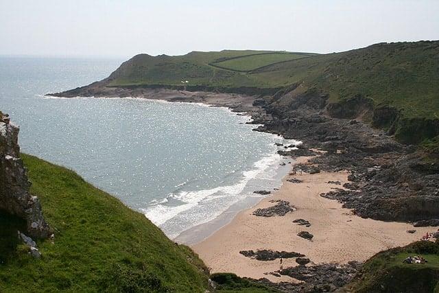 Mewslade-Bay-beach