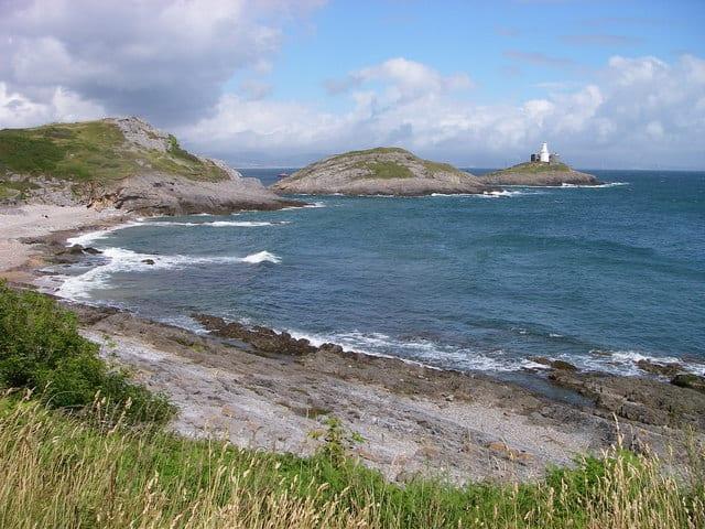 Bracelet-Bay-beach