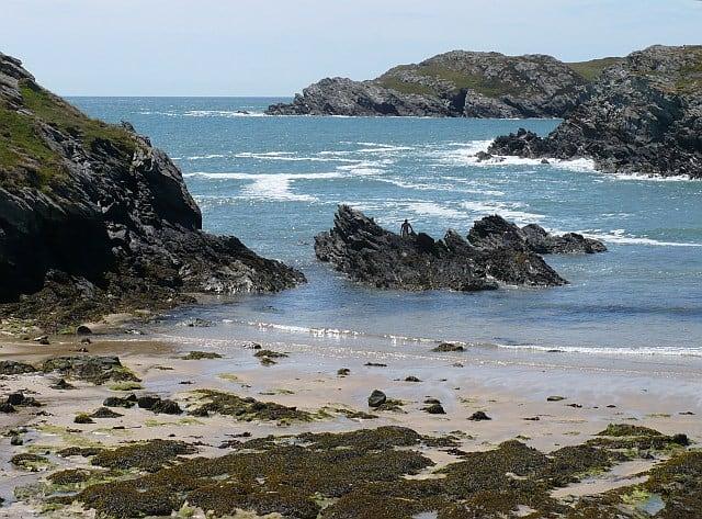 Porth-Dafarch-beach