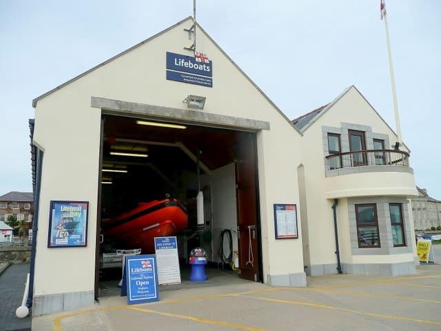 Beaumaris-lifeboat-station