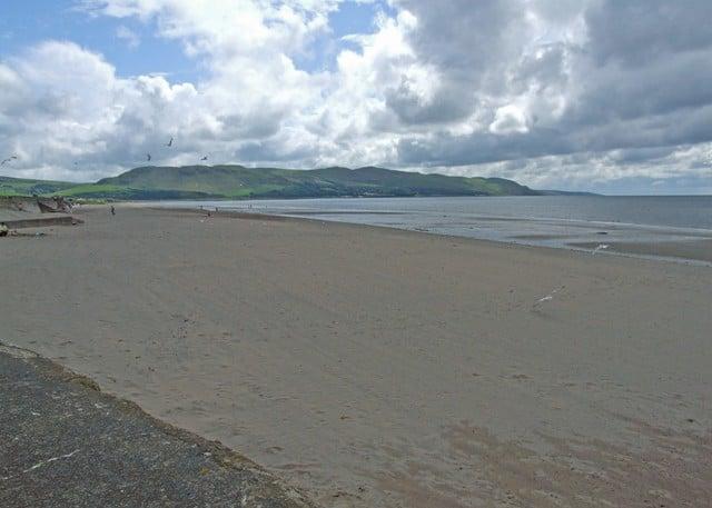 Girvan-beach