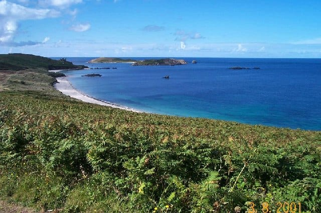 St-Martins-Bay-beach