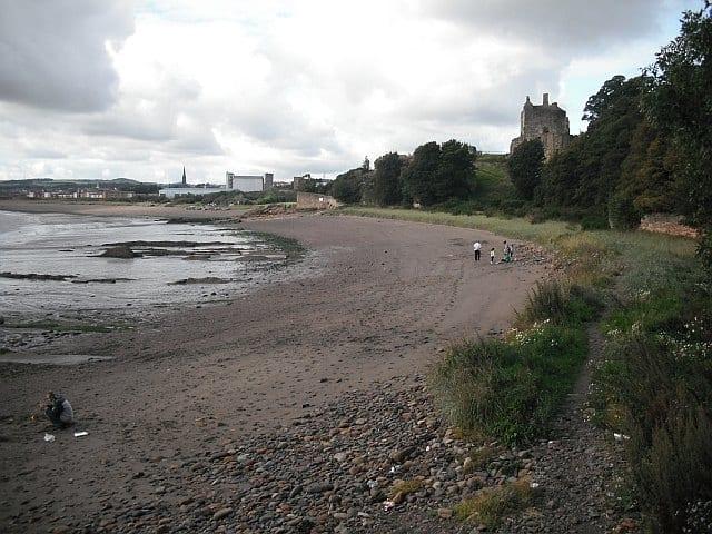 Pathhead-Sands-beach