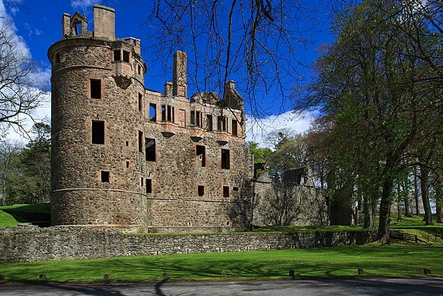 Huntly-Castle