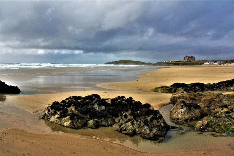 fistral beach 768x512