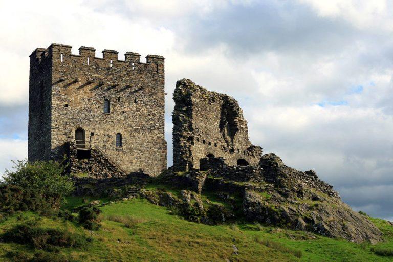 Dolwyddelan Castle 768x512